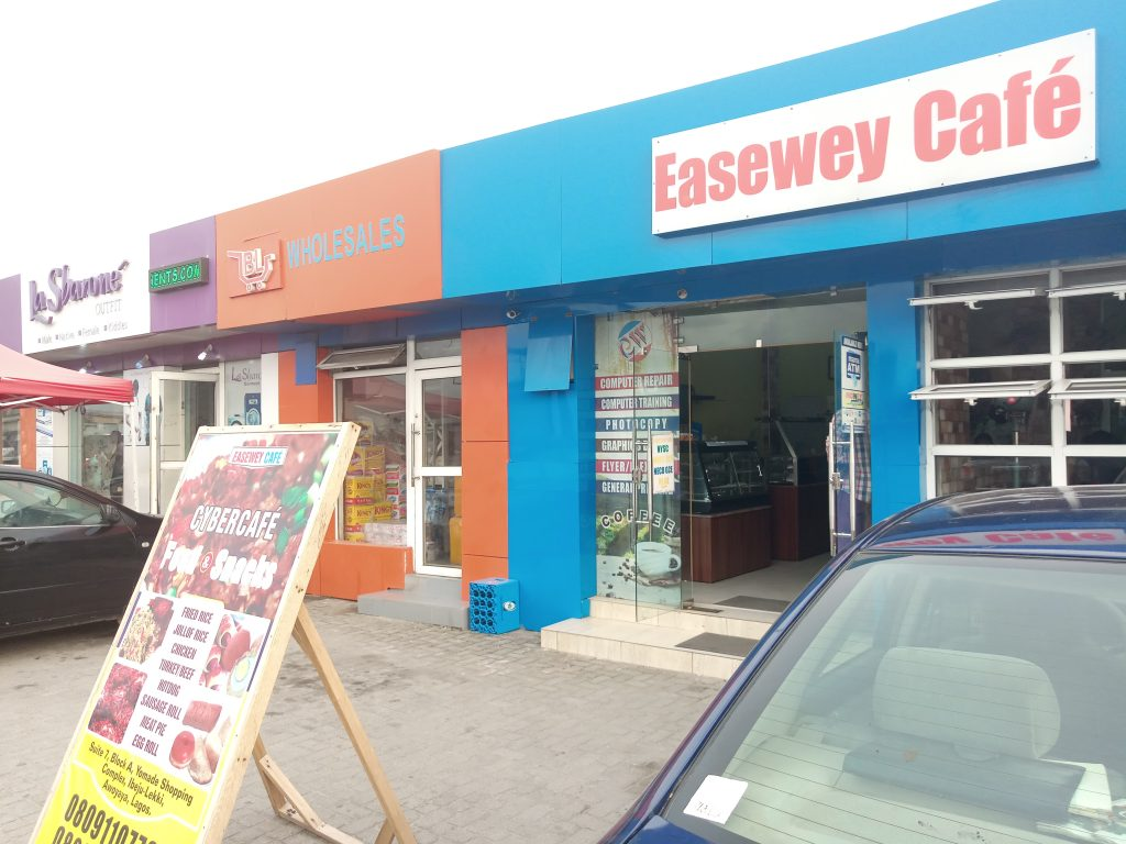 The best cyber cafe in Lagos